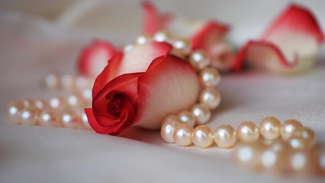 biżuteria damska perły